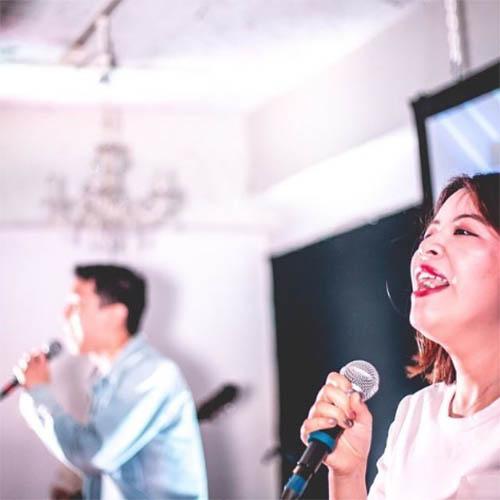 International church with bilingual worship